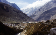 Road to Badrinath in the Himalaya (Iconographic document)