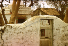 Tomb of Muslim saint (pir) (Iconographic document)